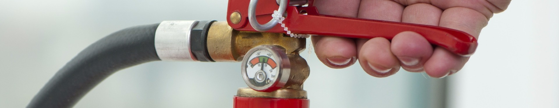 Midland Fire - Fire Extinguisher handle squeeze